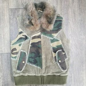 Wilsons Leather Faux Fur Army Print Vest